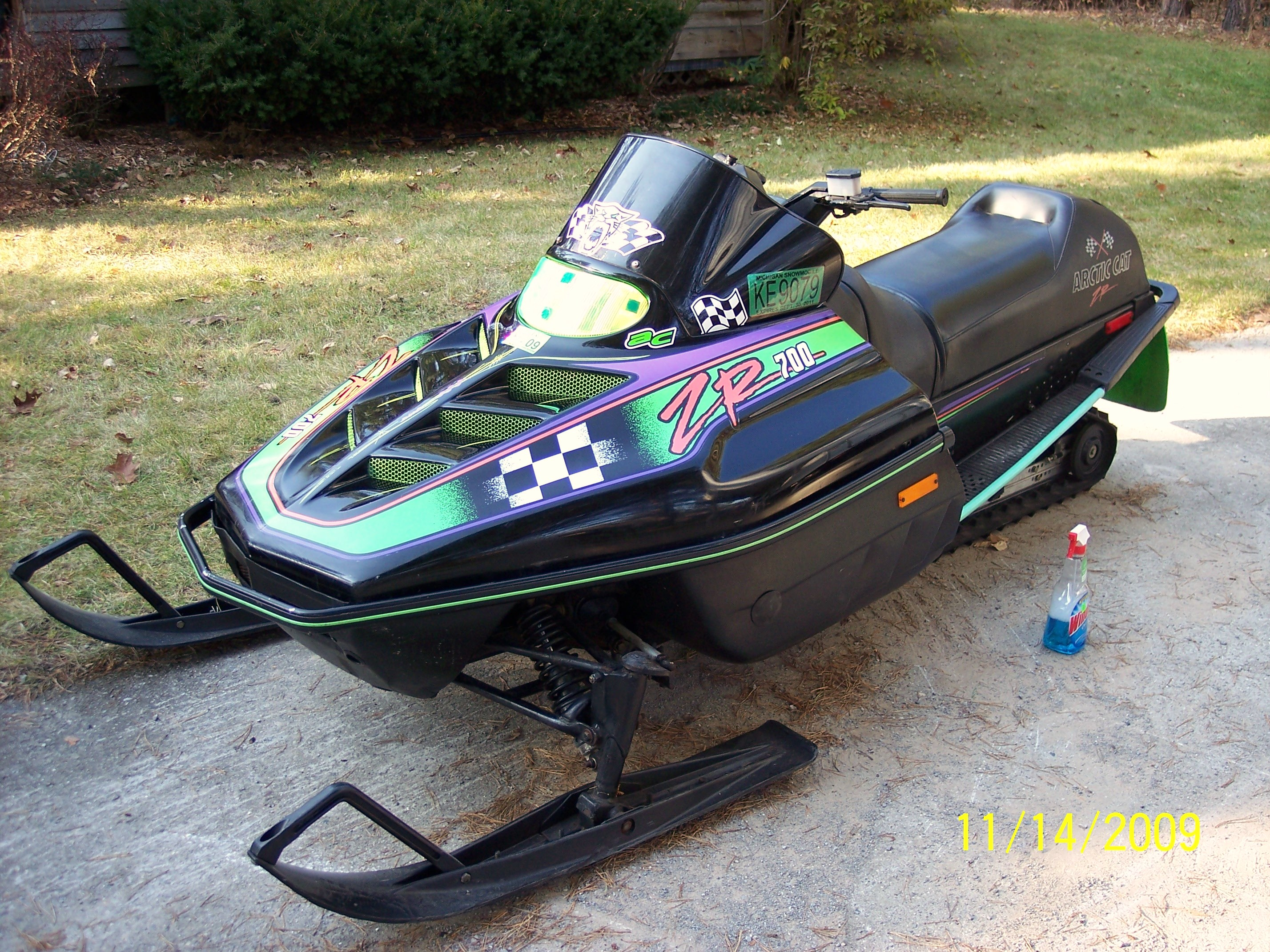 Arctic Cat Zr  Snowmobile For Sale