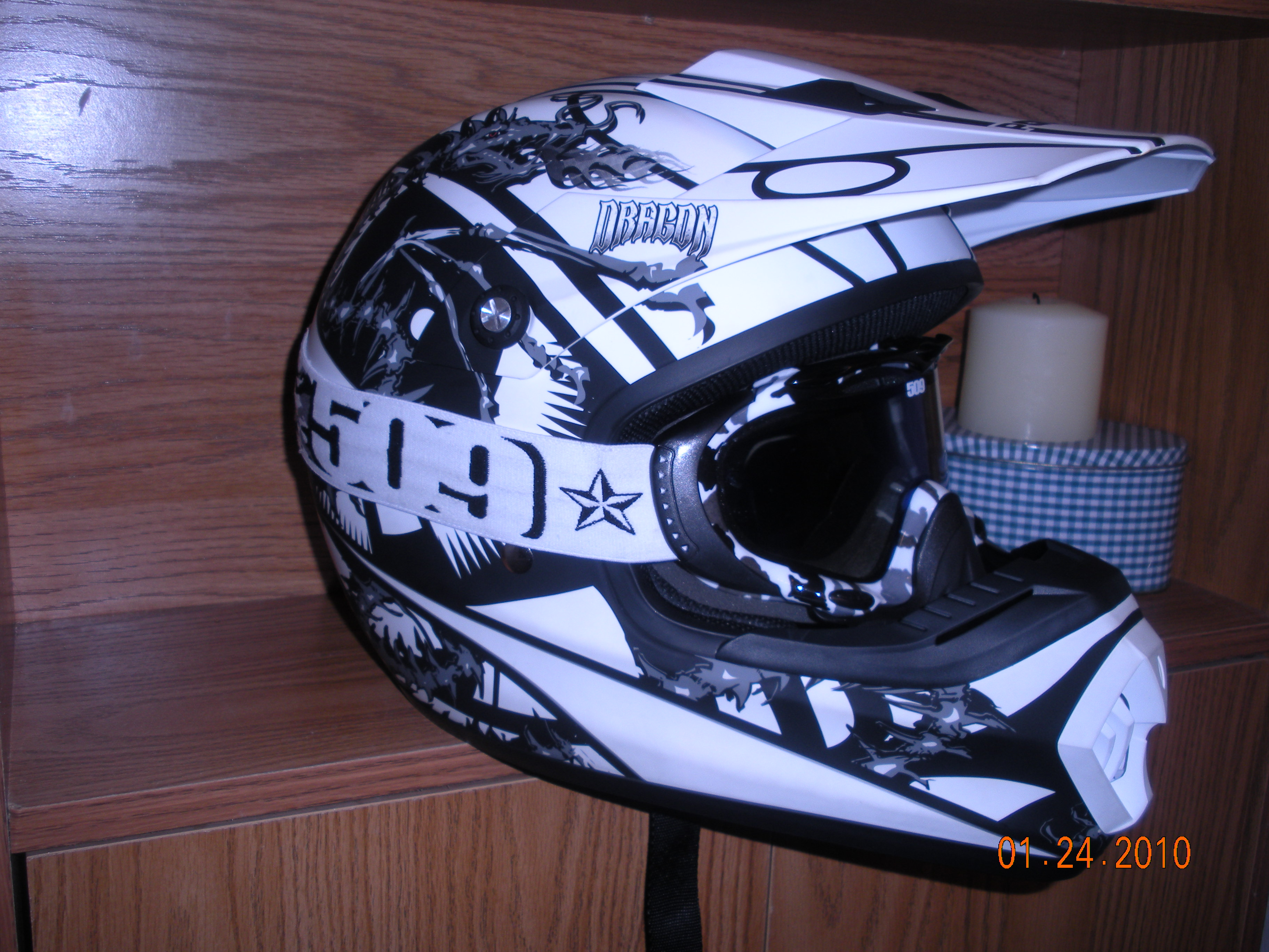 Sno Cross Helmets Vs Regular