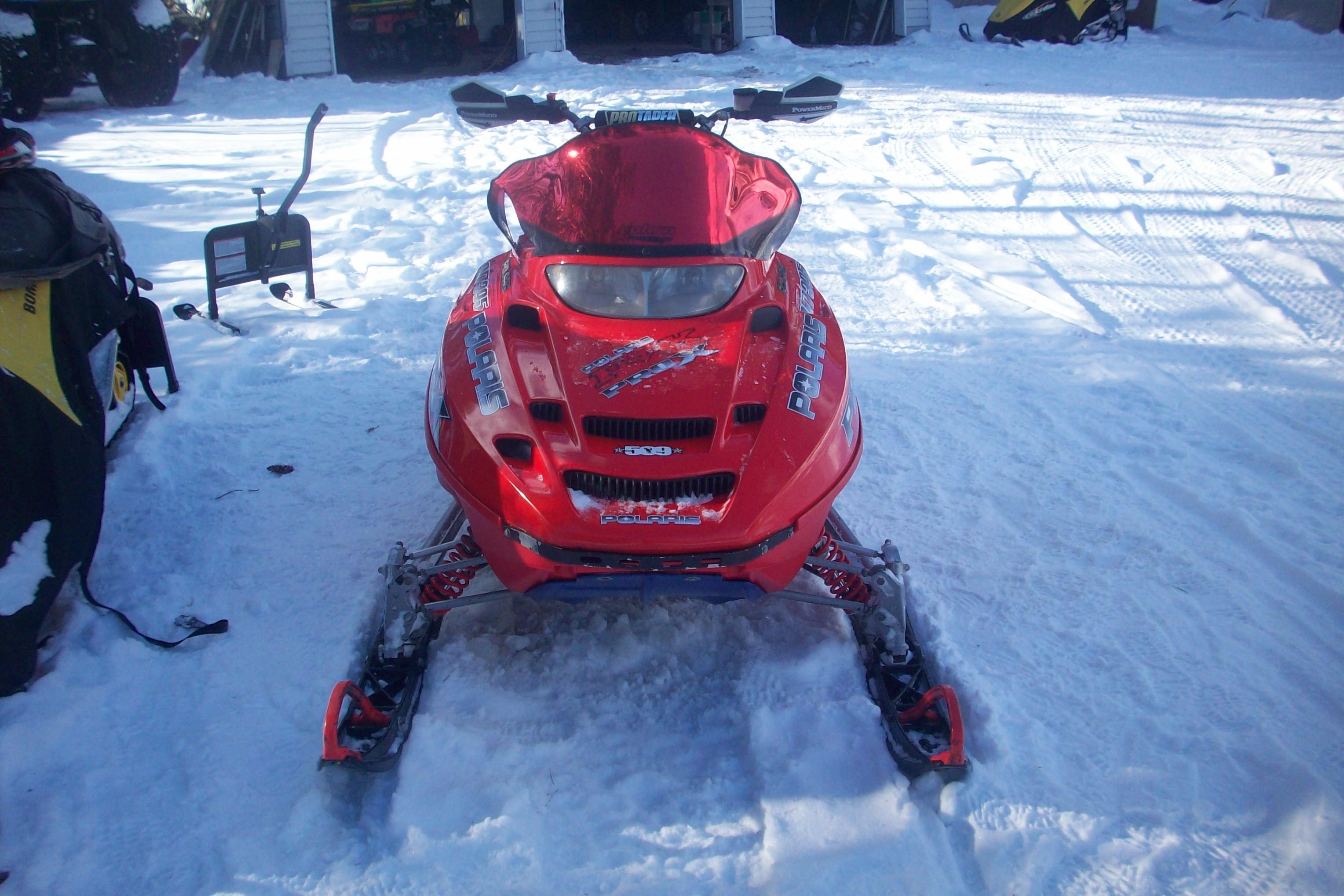 2001 Polaris XcSp 700 amp 20025 Polaris Pro X 600
