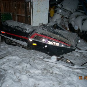 1987 Yamaha Bravo 250 - this is a parts sled that i bought